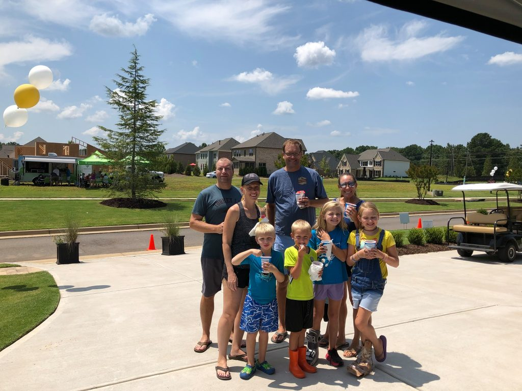 SR Homes Hosts Successful Back-to-School Bash at Montebello
