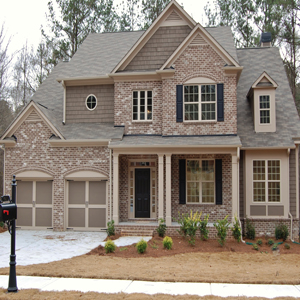 luxury homes at Oakwood Creek