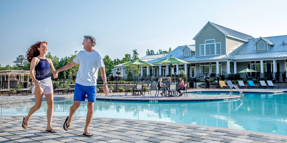 new homes in metro atlanta at cresswind peachtree city pool amenity with clubhouse